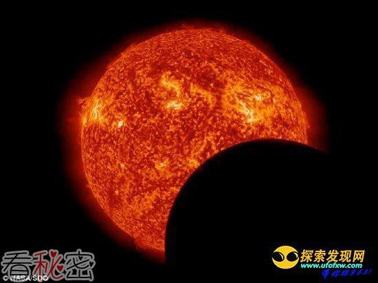 太阳动力学天文台相继拍摄到地球和月球日蚀
