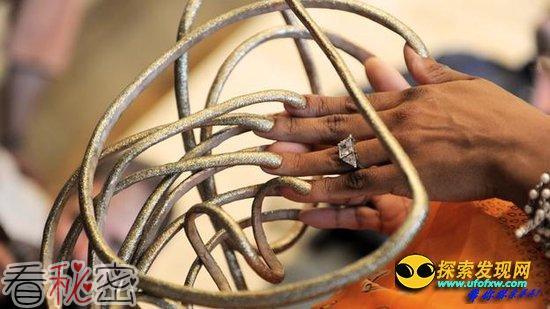 人类死亡后指甲和头发真的会继续生长吗?
