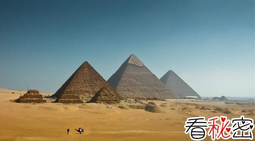 世界上最大的金字塔,胡夫金字塔(136.5米/684万吨)