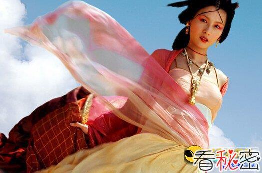 古代女人胸衣隐藏的秘密:三点定江山