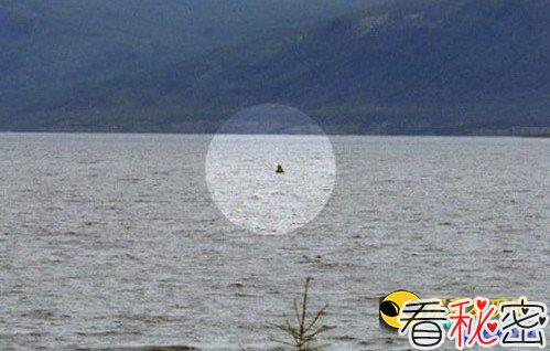 俄科学家声纳探测西伯利亚 发现体长超10米水怪