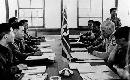1951年7月10日:朝鲜停战谈判首次会议在开城举行