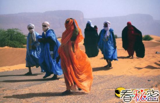 """埃及惊现""""食人马路"""":专吃貌美新娘"""