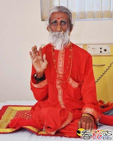 令人震惊印度83岁瑜伽修行者不用吃喝