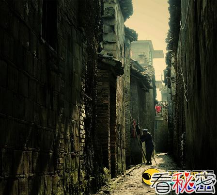 """灵异案频发:广州""""荔湾广场""""太吓人"""