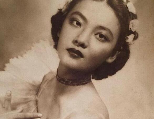 中国第一奇女子 四年睡了3000人(28岁自杀身亡)